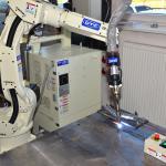 Synchro Feed je technológia s ultra nízkym rozstrekom a skelou kvalitou zvarov